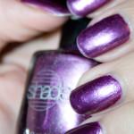 Lila manikyrer – NfuOh och Barielle