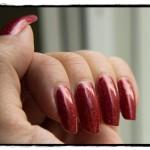 Holofredag: Glitter Gal – Red Sparkle
