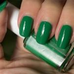 Grön Onsdag: Essie – Pretty Edgy