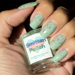 Grön Onsdag: Smitten Polish – Pink Goes Good With Green