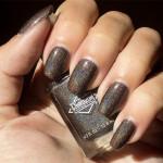 Holofredag: Diamond Cosmetics – Chainmail Charm
