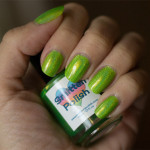 Holofredag: Smitten Polish – Electric Lime