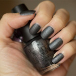 United in Grey: OPI – Suzi Skiis In The Pyrenees (suede)