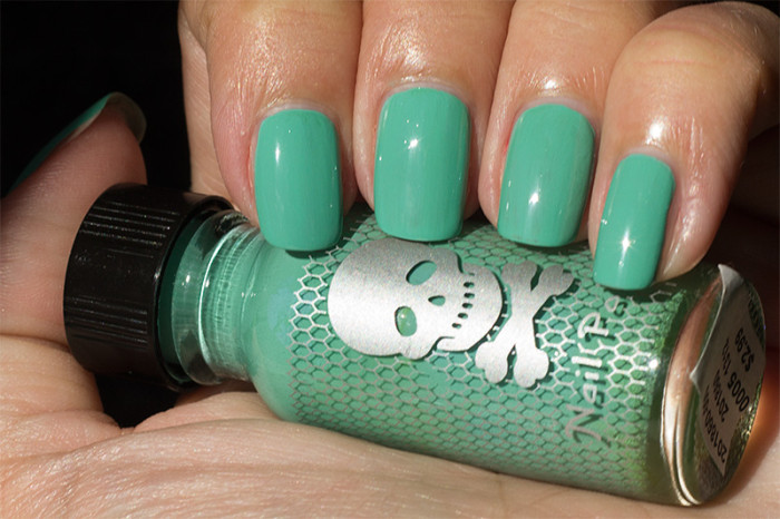hottopic-mint-2