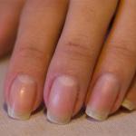 Hur du städar ditt nagellack