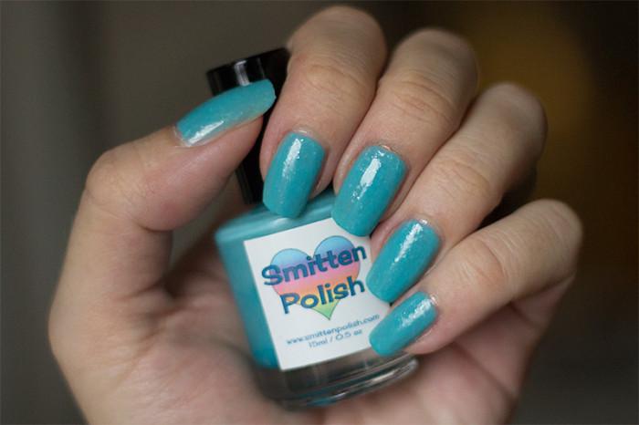 smittenpolish-snozzberrygumdrop-1