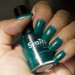 Grön Onsdag: Smitten Polish – A Wedding Dress That isn't Bright Turquise
