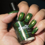 Grön Onsdag: Smitten Polish – Between The Baubles