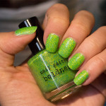 Grön Onsdag: Nail Pattern Boldness – Flipping Out Hard